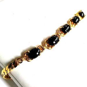 c.1970s VINTAGE Gold Pl. Black Stone Link Bracelet